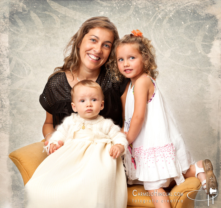 carmelo-hinojal-fotografo-fotografias-estudio-bebe-familia